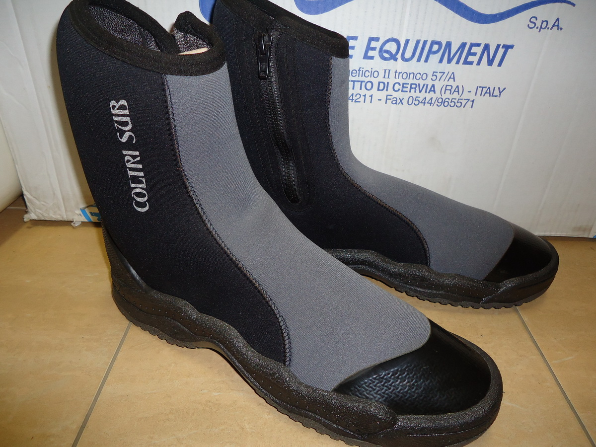 0344101d2d4 Боти MT с цип – 5 мм - Боти MT с цип – 5 мм - Ръкавици, боти, чорапи ...